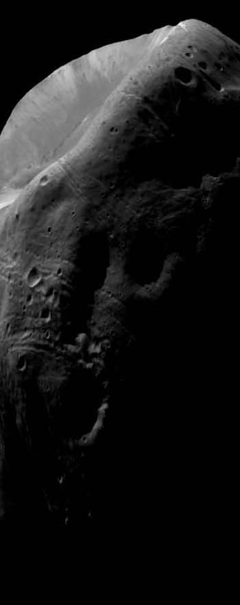 Buzz Aldrin Reveals Existence of Monolith on Mars Moon ...